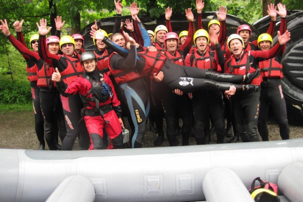 Wildwasser Rafting als Teamevent